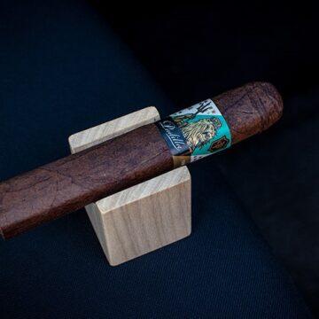 Padilla-Cava-Maduro-Cigar