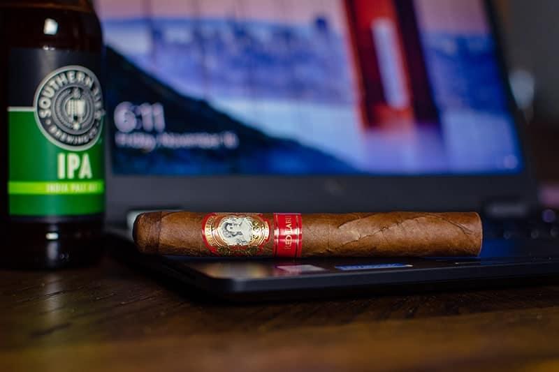 La-Palina-Cigar-Southern-Tier-IPA