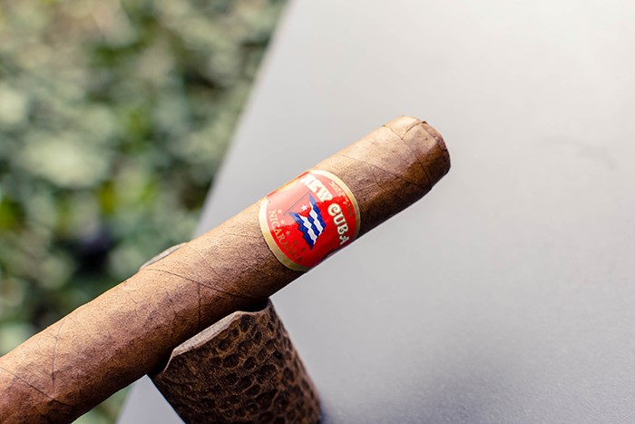 New Cuba Corojo Robusto Review – Aganorsa Leaf